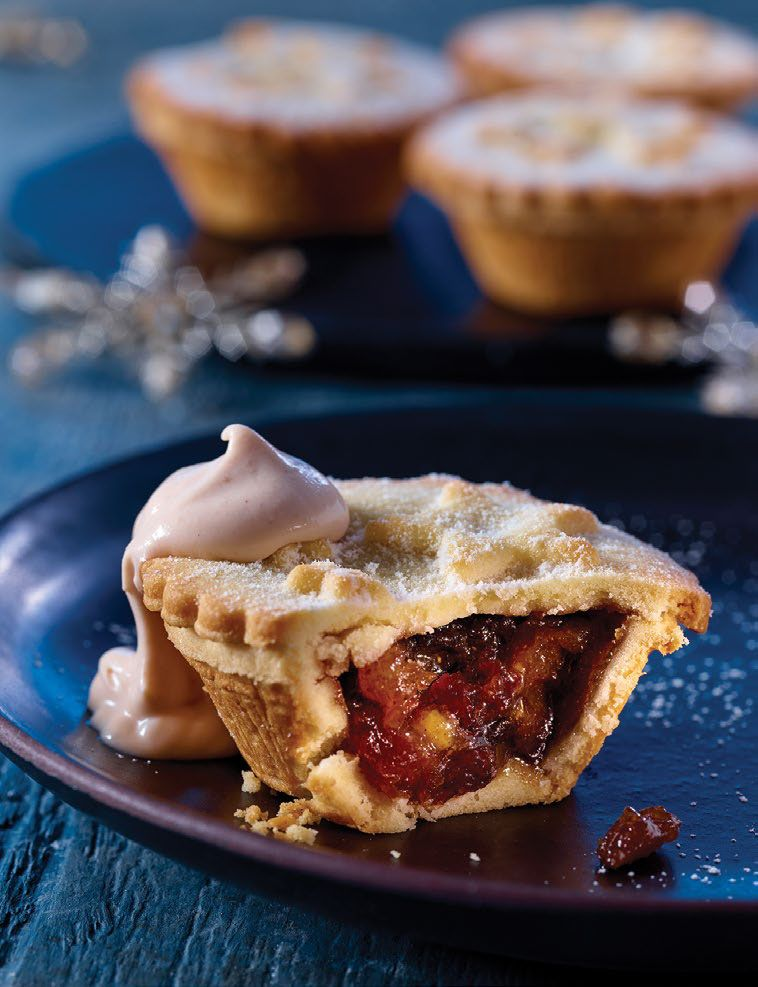 The ASDA sloe gine mince pie, with pink gin cream :-)