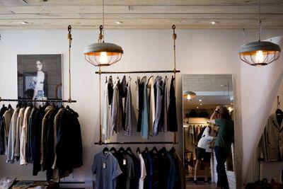hanging-shopping-light.jpg